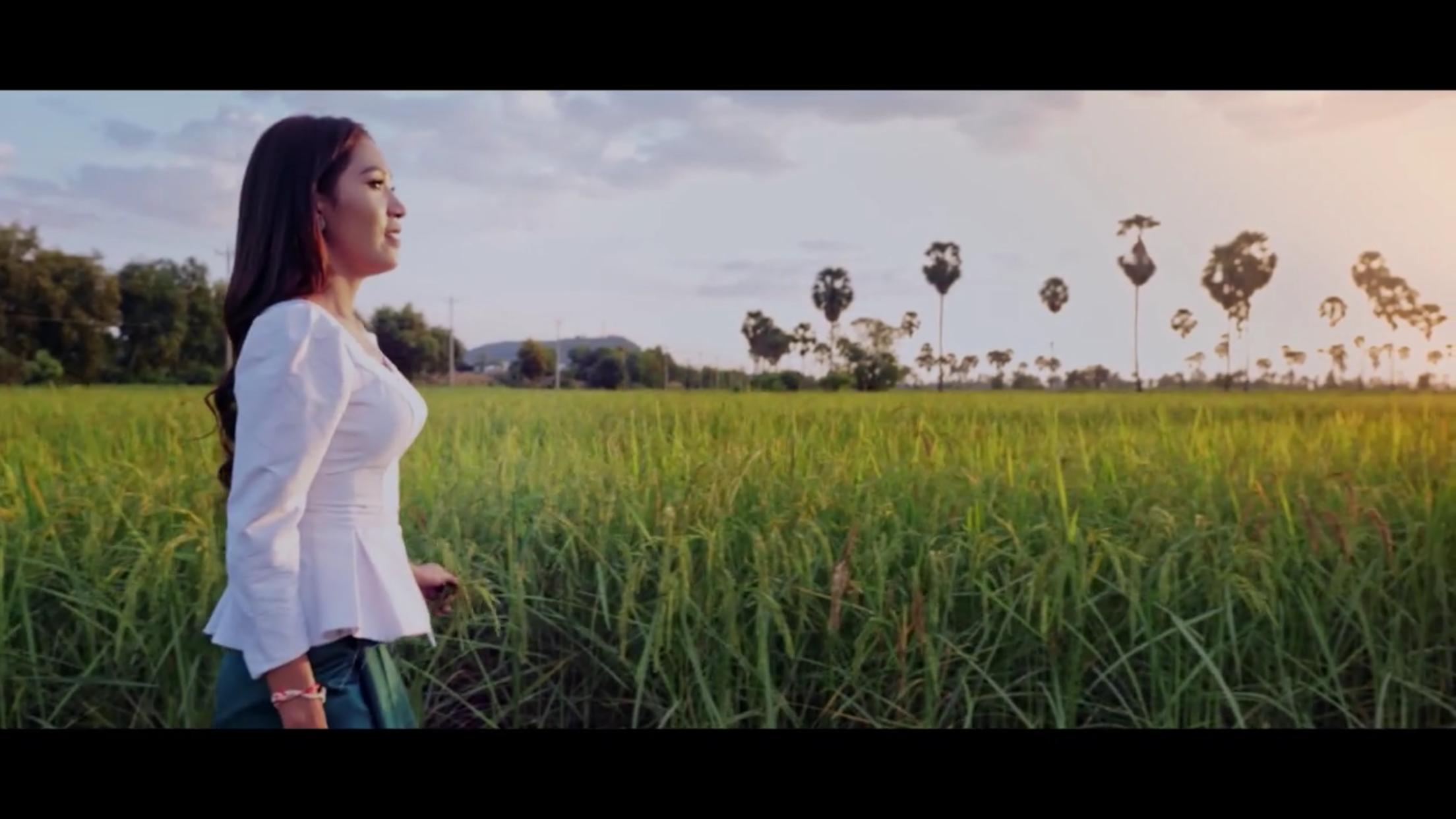 Cambodia's Wonderland 00992