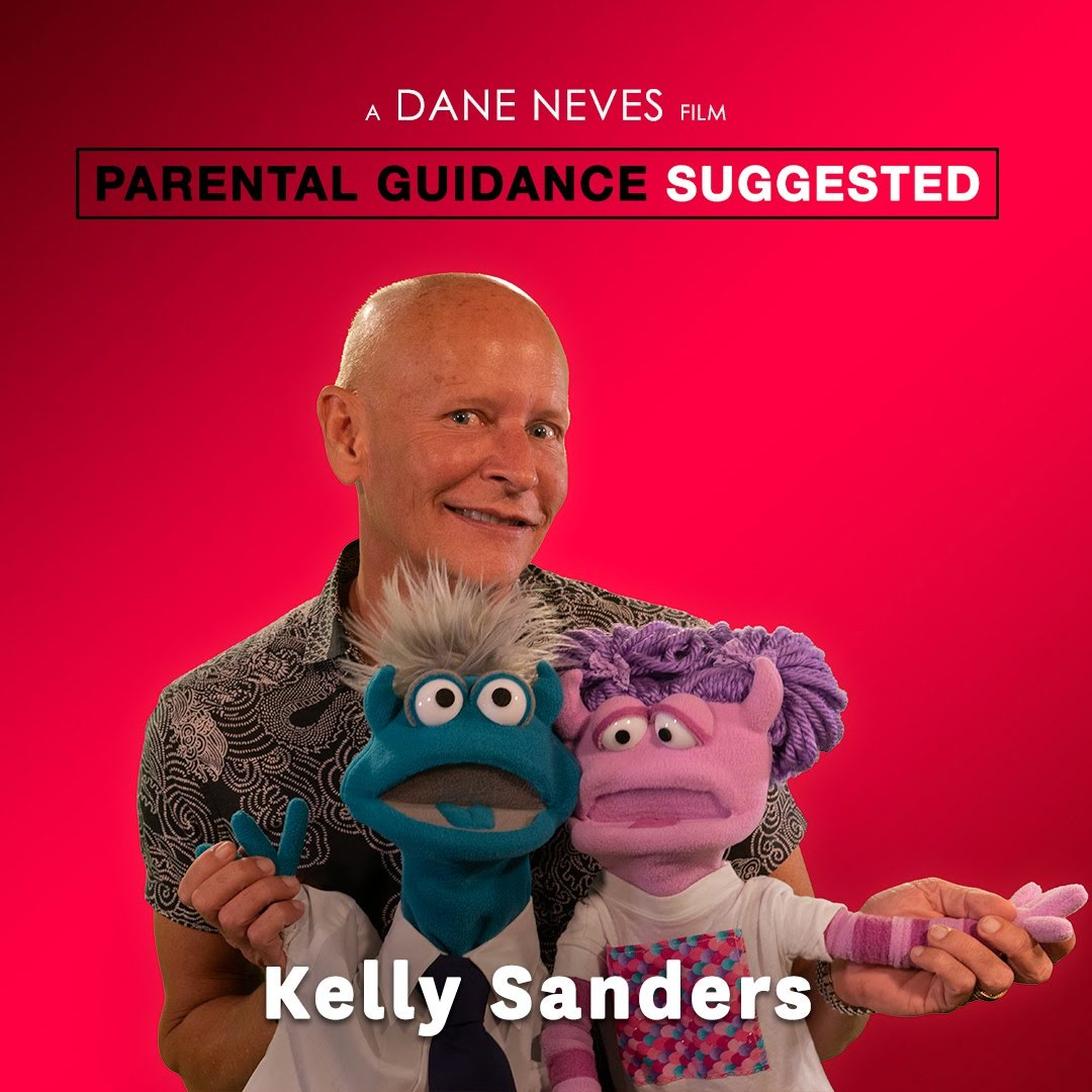 Kelly_Sanders_with_puppets_square
