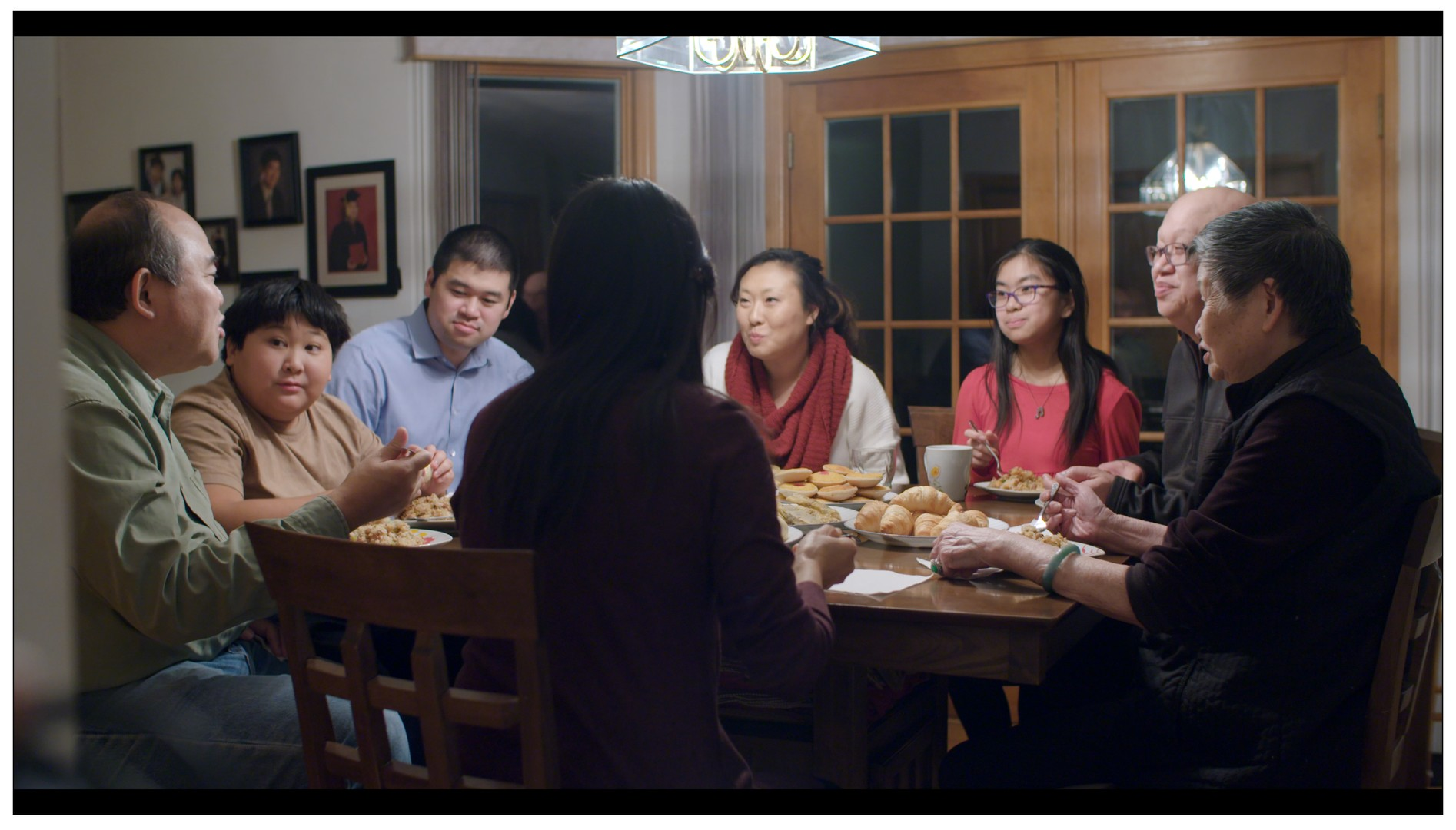 The-Six-Tom_Fong_with_family